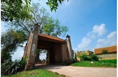 Trường Tiểu học Nguyễn Bỉnh Khiêm - Cầu Giấy tham quan làng cổ Đường Lâm