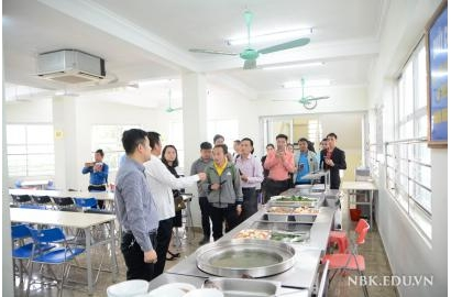 Laos delegation of teachers visited and worked at NBK School