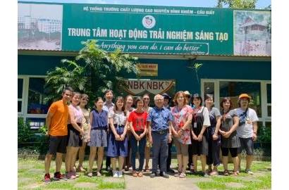 Trường Quốc tế Hàn Quốc tại Hà Nội (KISH) đã có chuyến tham quan Trung tâm Trải nghiệm sáng tạo Vĩnh Yên của trường Nguyễn Bỉnh Khiêm