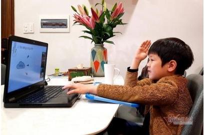 [Vietnamnet] Trường tư lên tiếng về học phí online: 'Không phải dạy tiết nào tính tiền tiết đó'